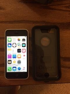 Apple-iPhone-5c-Unlocked
