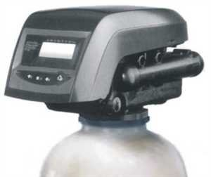 Metered water softener with HIGH FLOW 1