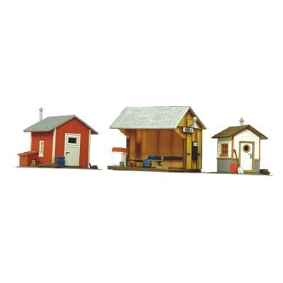 Life-Like Trains HO Scale Building Kits - Trackside Shanties: Toys & Games