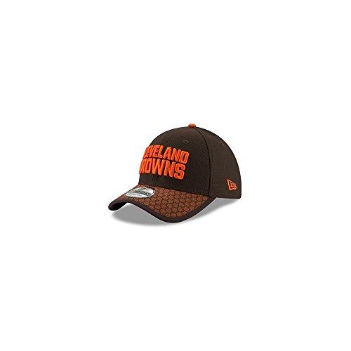 552c56470ae Galleon - New Era Men s Cleveland Browns Sideline 2017 On-Field 39Thirty  Flex Hat (SM)
