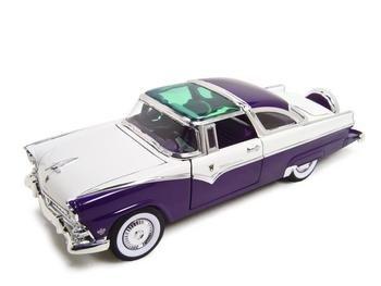 - 1955 Ford Fairlane Crown Victoria Purple Diecast 1:18