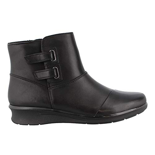 CLARKS Women's Hope Cody Fashion Boot, Black Leather, 070 M US