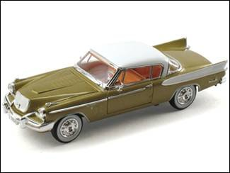 (1957 Studebaker Golden Hawk Diecast Model Car 1/32)