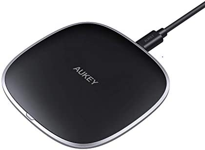 AUKEY Wireless Certified Charging Compatible