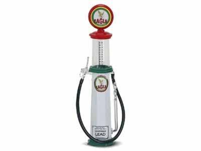 - Yat-Ming Replica Vintage Cylinder Gas Pump Eagle Brand 1/18