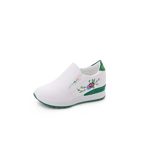 Cai Zapatos Casuales de Las Mujeres 2018 Primavera Otoño Suela Gruesa Aumentar los Zapatos Ocasionales Boca Baja Zapatos Bordados Transpirables Zapatos de Las señoras
