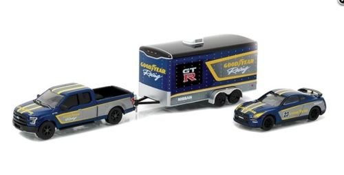 new-164-greenlight-hitch-tow-racing-collection-goodyear-2015-ford-f-150-2014-nissan-gt-r-w-enclosed-
