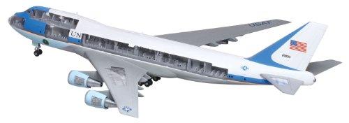 1/144 アメリカ大統領専用機 エアフォース・ワン カットアウェイモデル 47010