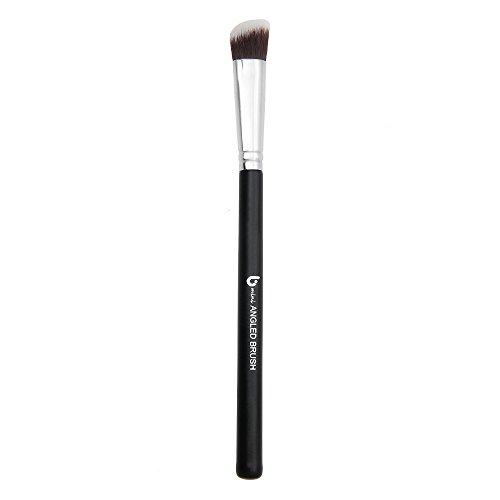Blending Brush: Angled Makeup Brush Best for Precision - Mac Brushes 217
