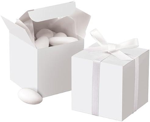 5378cb469b8 Amazon.com  Wilton White Square Favor Box Kit