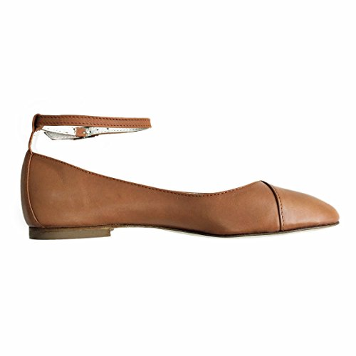 Chebran Narrow Width | Made In Portugal | Ankle Strap Leather Flats Brown SUcdr0