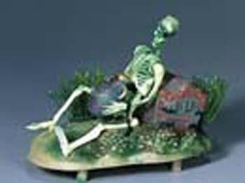 - Penn Plax Aerating Action Ornament, Pirate Skeleton - Lifts Rum Jug Up and Down