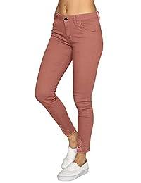 Aditivo Pantalón Casual para Mujer, Tiro Alto en Corte Slim fit y Tobillo deshilado.