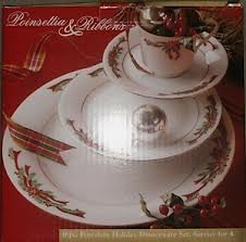 Poinsettia & Ribbons Dinnerware Set, Service for 4 (16 Pieces)