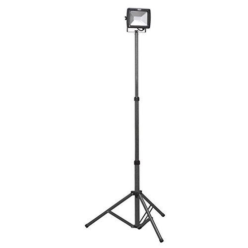 Sealey LED102 SMD LED Telescopic Floodlight, 20 W, 230 V, Black