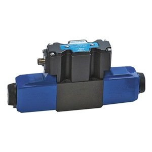 Vickers DG4V Series Solenoid Operated 4 Way Hydraulic Valve, 5075 psi Maximum Pressure, Closed Spring Centered Spool Type, 12VDC, 21 gpm Flow Rate