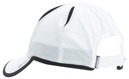 8f4b6fedc9e77 Amazon.com   Nike Feather Light Cap - One - White   Baseball Caps   Clothing