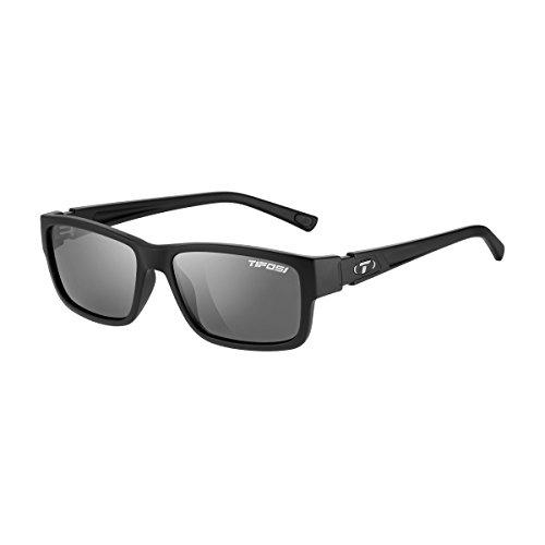 Tifosi Women s Hagen 1200401670 Wayfarer Sunglasses