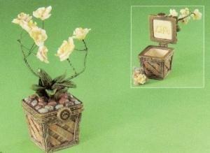 Boyds Leila's Orchid w/Bloom McNibble treasure (Tresure Box)