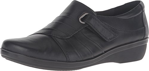CLARKS Women's Everlay Luna Slip-On Loafer, Black Leather, 8 M US