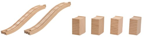 (Fisher-Price Thomas & Friends Wooden Railway, Series Ascending Track & Riser Pack - Battery Operated)