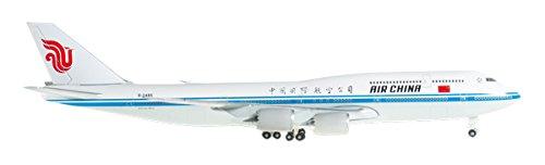 daron-herpa-air-china-747-8-regb-2485-plane-1-500-scale