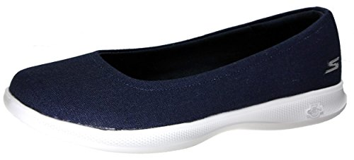 Walking Lite Shoe Performance Women's Navy Go Solace Skechers White Bloom Step nwx7Yq1Inf