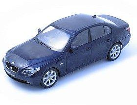 1/18 BMW 5シリーズ セダン (ブルー) K08591BL 完成品 B0007XXKIO