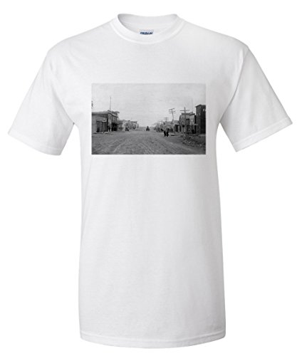 Fairview, Montana - State Street View of Town (White T-Shirt XX-Large)