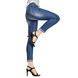 Women's Juniors Distressed Slim Fit Stretchy Skinny Denim Jeans with Belt