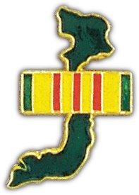(US Army Vietnam Map and Service Ribbon Lapel Pin 1.25