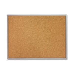 QRTS733 - Quartet Cork Bulletin Board ()