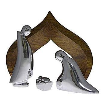 Amazon Com Namb 232 Holy Family 4 Piece Nativity With Wood