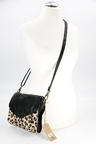 Cowboysbag 1510 Tanga Ledertasche Umhängetasche leo - 26x20x5 cm (B x H x T)