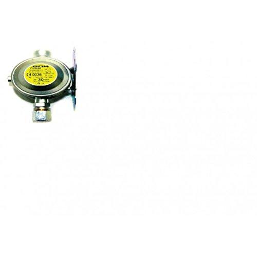GOK - Regolatore A Parete 30Mbar Per Gpl Attacchi 10mm.