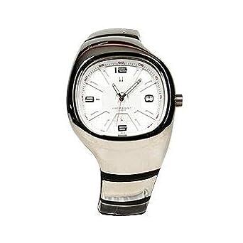0e45f8392cd9a Nike Unisex Lebron 1 White Dial SS Bracelet Sports Watch WL0008-003 ...