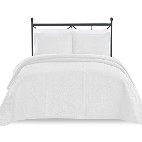 Luxe Bedding 3-piece Oversized Quilted Bedspread Coverlet Set (King/CalKing, Spring/White) (Quilted Bedspread White And Black)