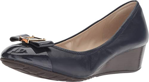 (Cole Haan Women's Emory Bow Wedge (40MM) Pump, Marine Blue Leather, 10.5 B)
