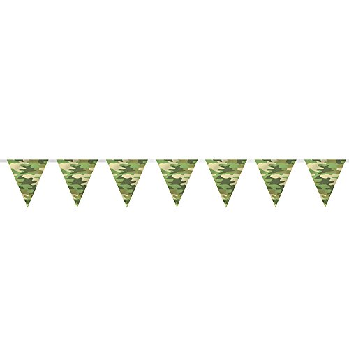 8ft Plastic Camo Pennant Banner