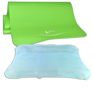 Amazon.com: Deluxe Kit for Nintendo Wii Fit w Yoga Mat