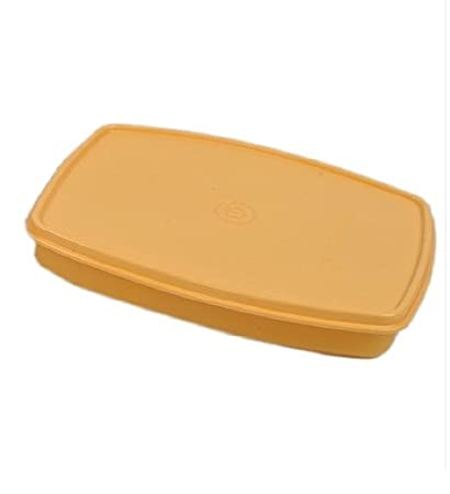 03a3700b4328 Tupperware Classic Slim Lunch Box, Yellow: Amazon.co.uk: Kitchen & Home