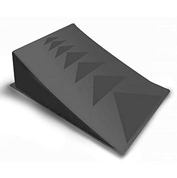 Gran, Gran lanzamiento salto rampa. Negro Plástico de Skate ...