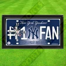 (TAGZ Sports Yankees Clock)