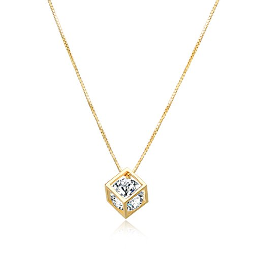 Diamond Pendant Necklace, Crystal Heart Round Cubic Zirconia Jewelry, Stylish Golden with 16