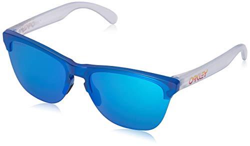 Oakley Men's Frogskins Lite Non-Polarized Iridium Round Sunglasses, MATTE TRANSLUCENT SAPPHI, 63.2 ()