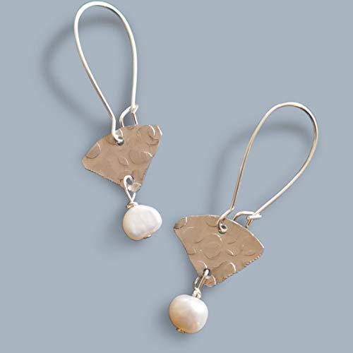 Handmade Small White Pearl Fan Silvertone Lighteight Drop Womens Earrings Beads by Bettina