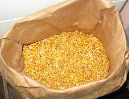 (Woodchucks Wood 50 Pounds of Whole Kernel Corn Animal Feed)