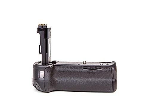 (Dolica DC-BG-E13 Battery Power Grip for Canon 6D (Black))