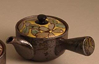 (Imari Pottery Japanese Kyusu Teapot Flowers with Yellow Based Color)