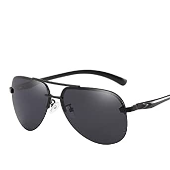Men and women wear sunglasses with black lenses, sunglasses with polarized light, sunglasses with high-definition lenses, half-frame sunglasses, and pilots travel with sun-block frog tides